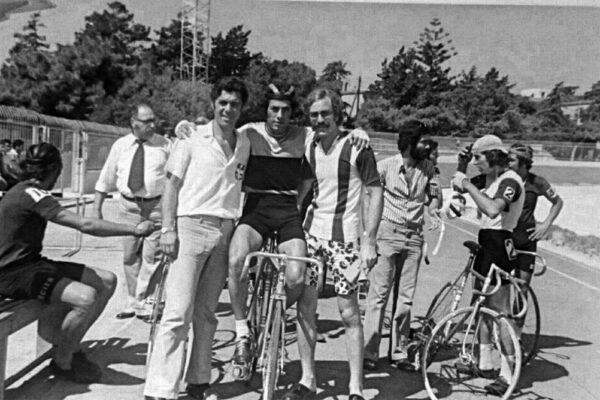 ο Γιώργος Βασιλάκης με τον Γιάννη Νταουσανάκη στην πίστα της Ρόδου.