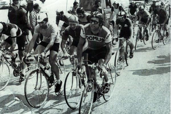 Από αριστερά Μιχάλης Κούντρας , Παντελής Μανίκαρος και Αλέκος κελόγλου αμέσως μετά την εκκίνηση αγώνα στην Αθήνα.